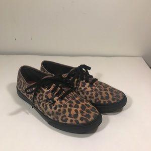 Woman's vans cheetah print